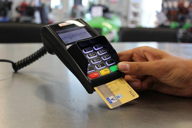 Paiement électronique - carte bancaire- fin de l'argent liquide